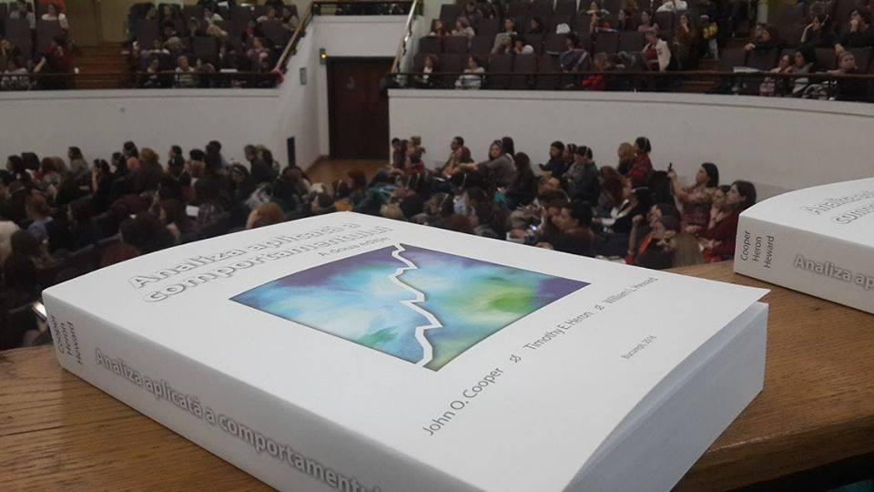 """Cartea """"Analiza Aplicată a Comportamentului"""", disponibilă în limba română"""